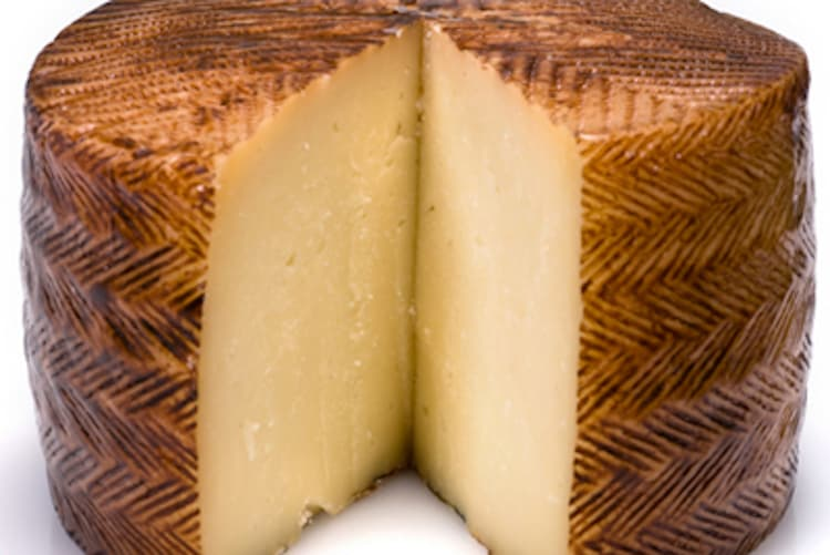 3 Cheeses That Look Like Manchego But Aren't